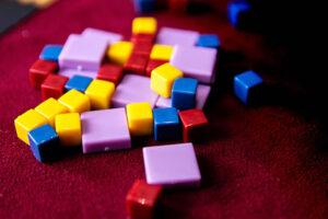 Pendulum Cubes